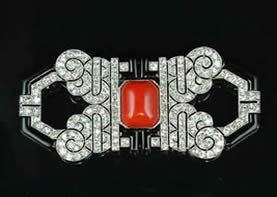 Art Deco Brooch with coral and diamonds